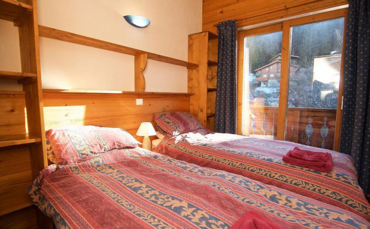 Chalet Morgane, La Tania, Balcony Bedroom