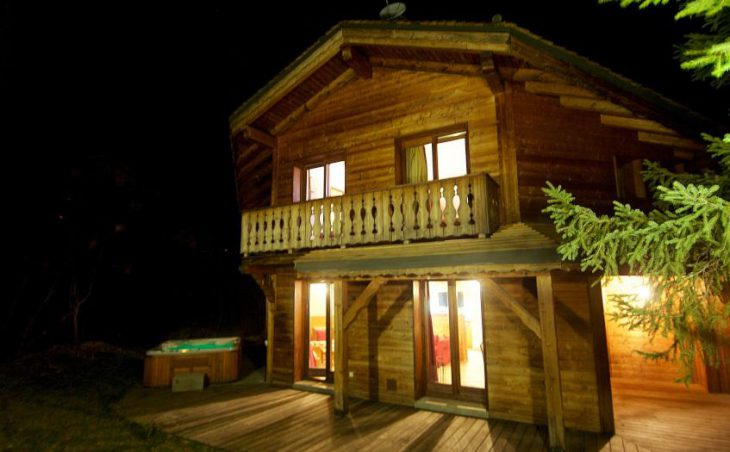 Chalet Morgane, La Tania, External Night