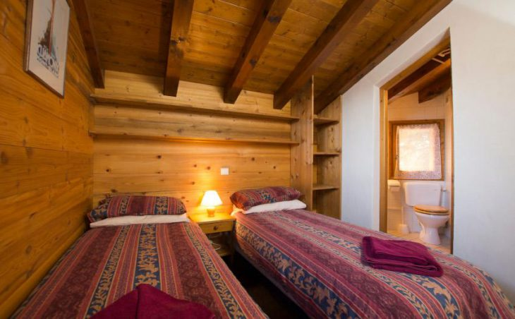 Chalet Morgane, La Tania, Twin Beds