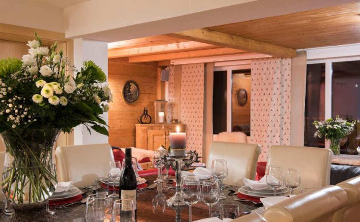 Chalet Narnia, St Anton, Dining 4