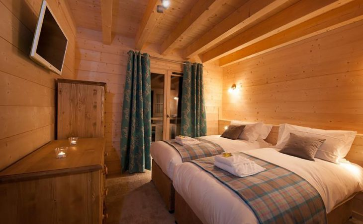Chalet Poudreuse, Avoriaz, DOuble Bedroom 6