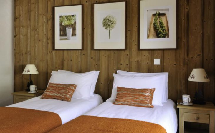 Chalet Savoy, Morzine, Twin Bedroom