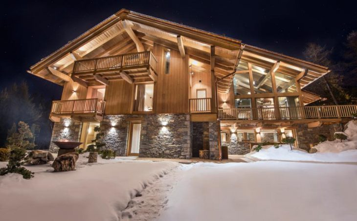Chalet Alpaca, Meribel, External
