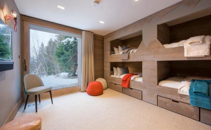 Chalet Alpaca, Meribel, Lounge 7