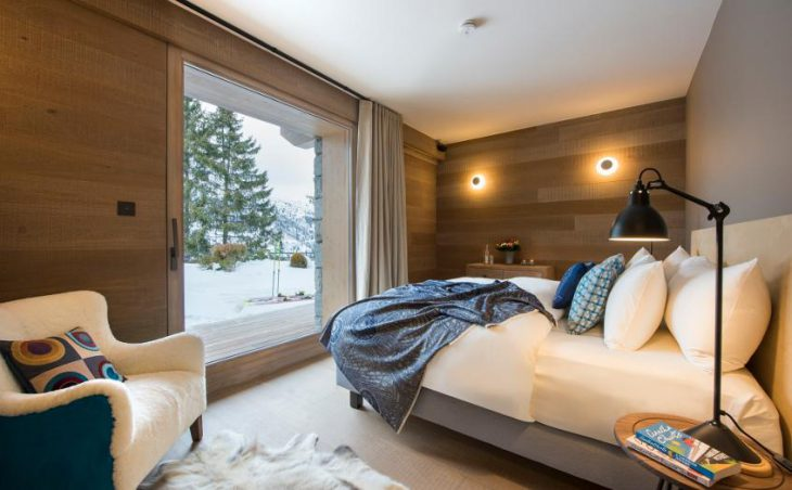 Chalet Alpaca, Meribel, Double Bedroom 4