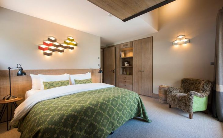 Chalet Alpaca, Meribel, Double Bedroom 5