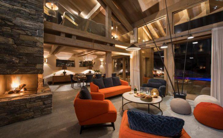 Chalet Alpaca, Meribel, Lounge