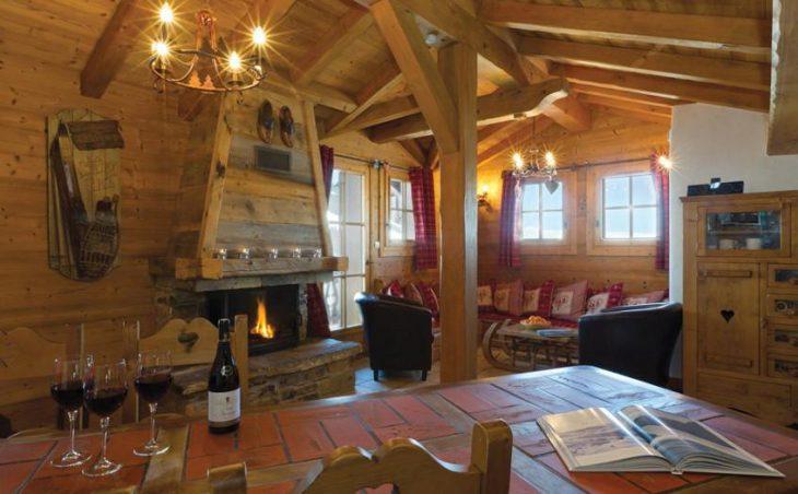 Chalet Le Mazot, Courchevel, Lounge and Dining Area