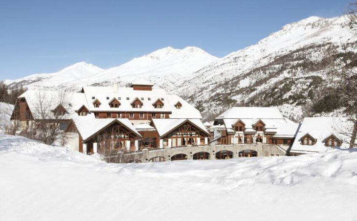 Club Med Serre-Chevalier, External