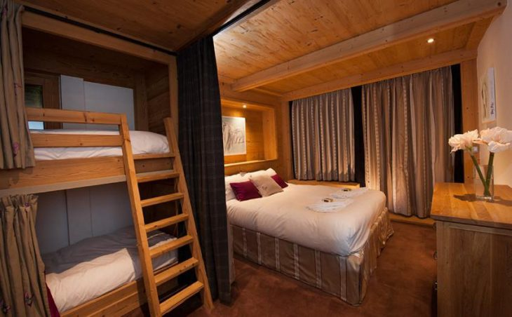 Summit View - Como Suite, La Plagne Centre, Double Bedroom 3