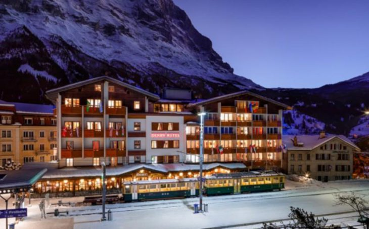 Derby Swiss Quality Hotel, Grindelwald, External Night