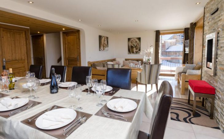 Golden Eagle, Courchevel, Dining Table