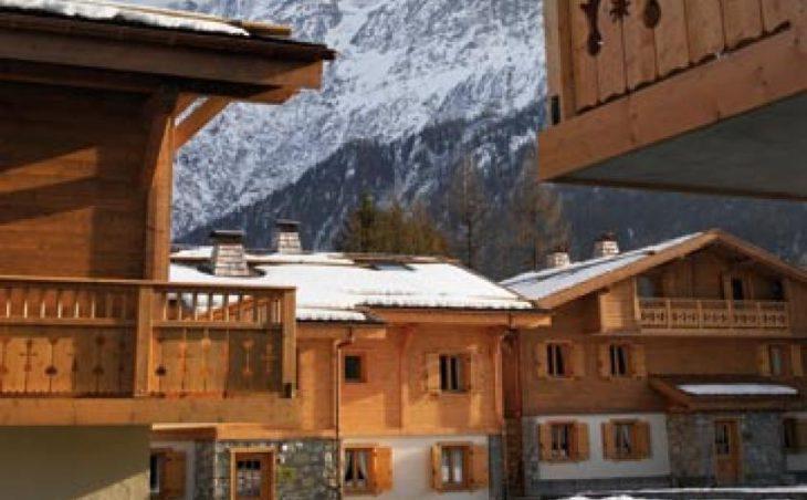 Ski Holidays Chamonix France - Le Hameau de Pierre Blanche