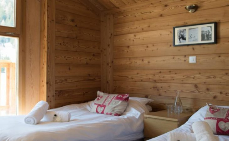 Hattiers Apartments, Tignes, Twin Bedroom