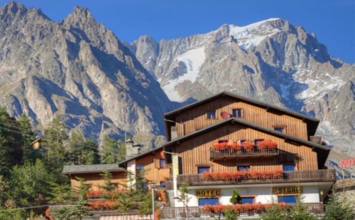 Hotel Astoria in Courmayeur , Italy image 1