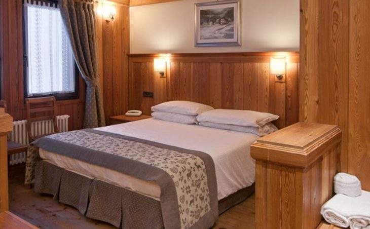 Castor Hotel in Champoluc , Italy image 3