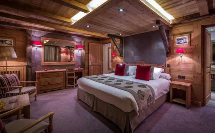 Ski Hotel Christiania, Val dIsere, Double Bedroom 3