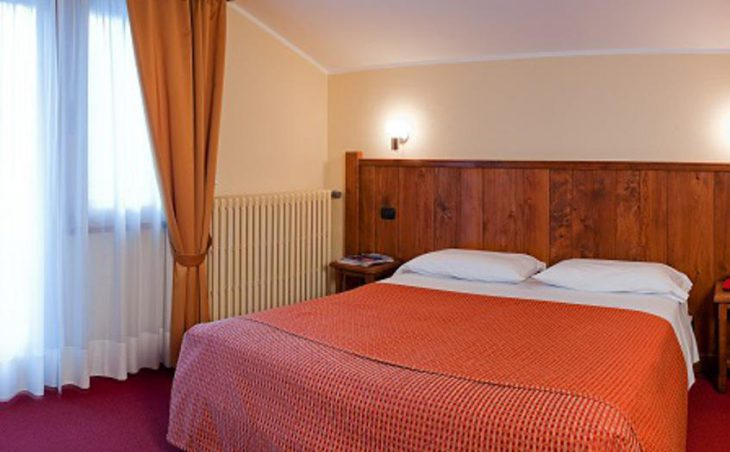 Hotel Crampon, Courmayeur, Double Bedroom