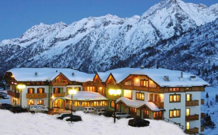 Hotel Gardenia, Passo Tonale, External Night