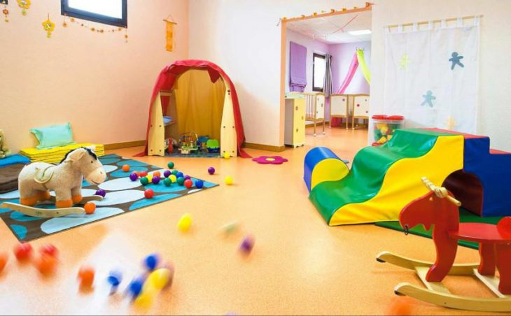 Hotel Les Bergers, Alpe d'Huez, Childrens' Playroom