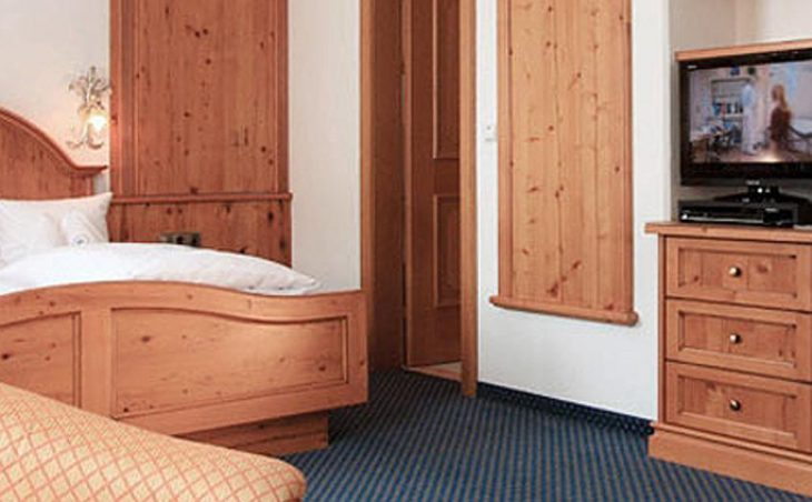 Hotel Maiensee, St Christoph, Double Bedroom 4