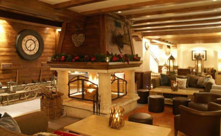 Hotel Portetta (double valley room) in Courchevel , France image 2
