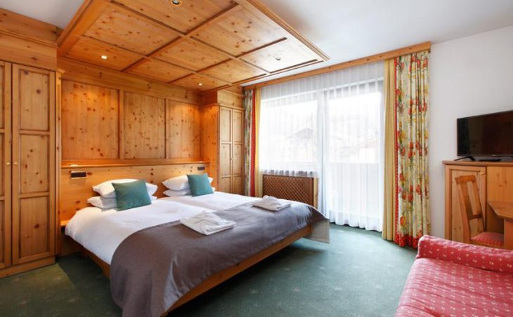 Hotel Theodul, Lech, Double Bedroom 9