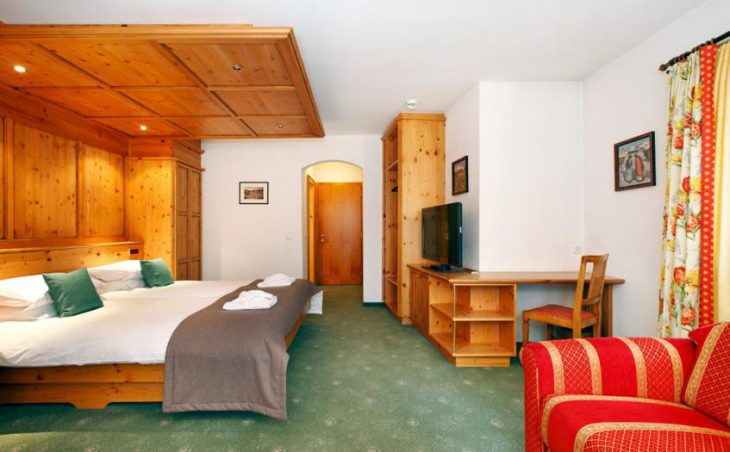 Hotel Theodul, Lech, Double Bedroom 3