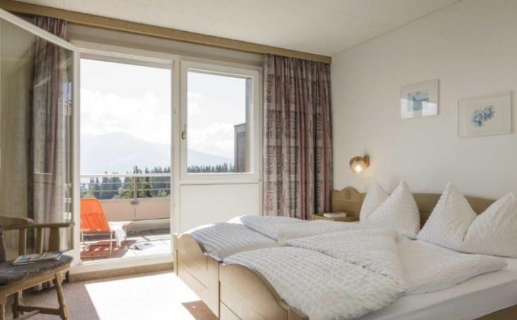 Hotel Valaisia, Crans Montana, Double Bedroom 4