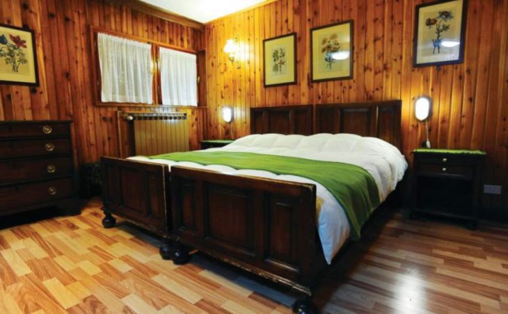 Hotel Des Guides, Cervinia, Double Bedroom