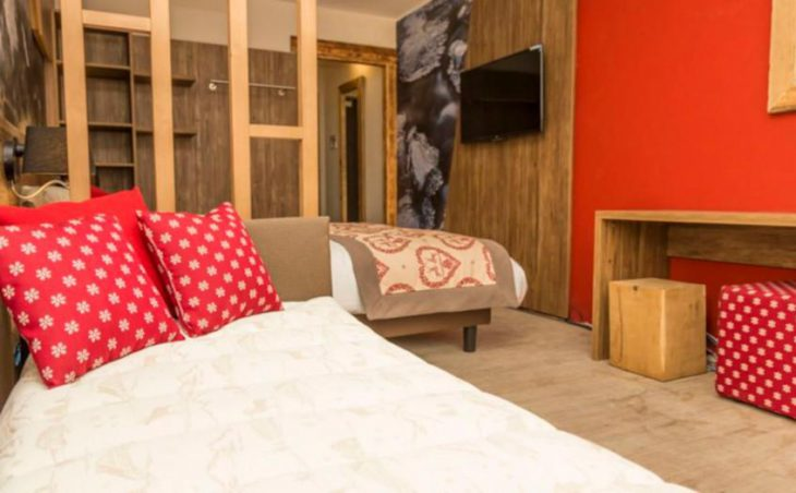 Hotel Du Col, Sestriere, Twin and Single Bed