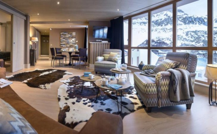 Hotel Le Taos, Tignes, Bedroom Lounge and Dining Table