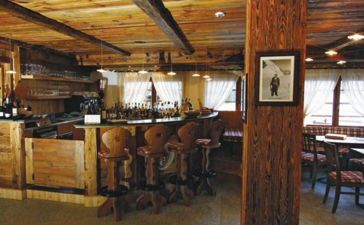 Hotel Lo Scoiattolo in Gressoney , Italy image 1