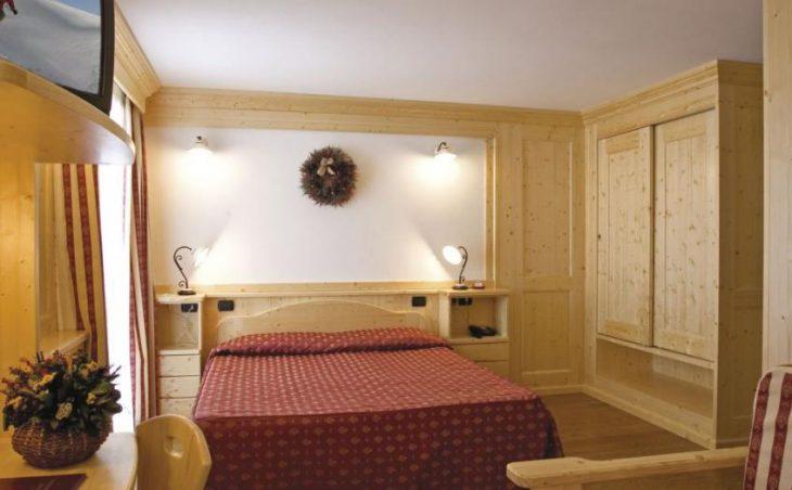 Hotel Lo Scoiattolo in Gressoney , Italy image 2