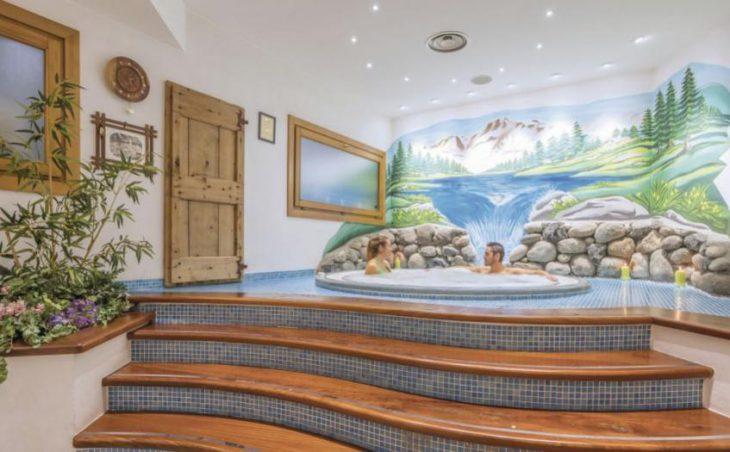 Hotel Lo Scoiattolo in Gressoney , Italy image 3