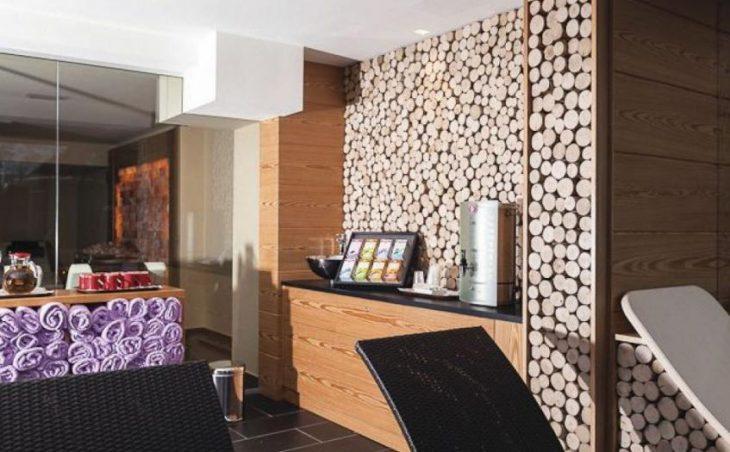 Hotel Cristiania in Madonna Di Campiglio , Italy image 5