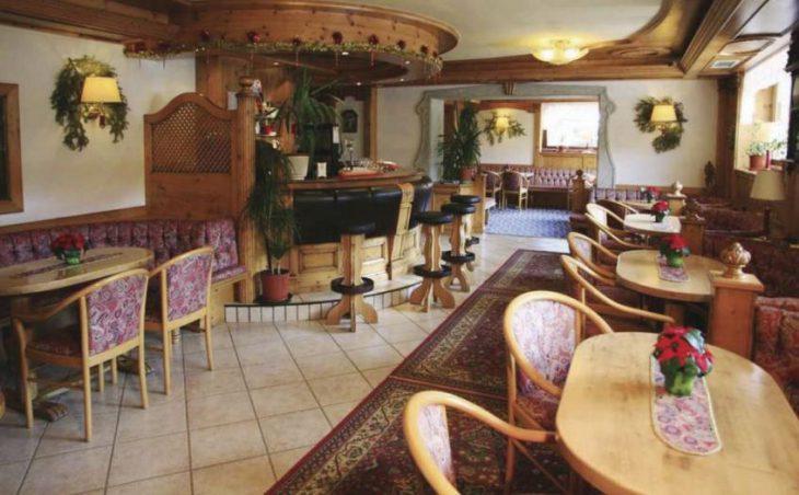Alpen Hotel Vidi in Madonna Di Campiglio , Italy image 7