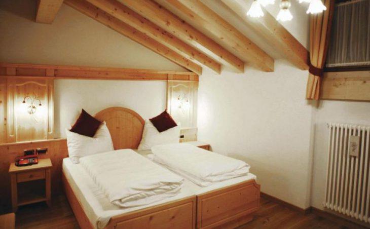 Alpen Hotel Vidi in Madonna Di Campiglio , Italy image 6