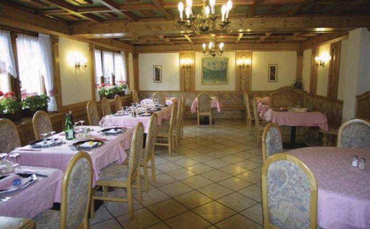 Alpen Hotel Vidi in Madonna Di Campiglio , Italy image 3