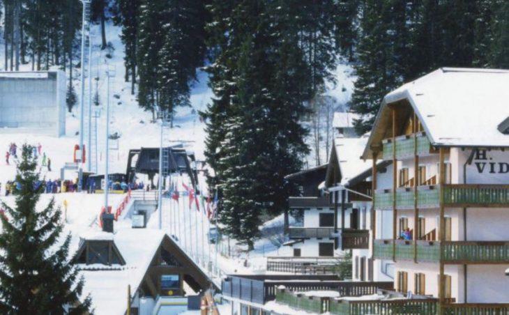 Alpen Hotel Vidi in Madonna Di Campiglio , Italy image 1