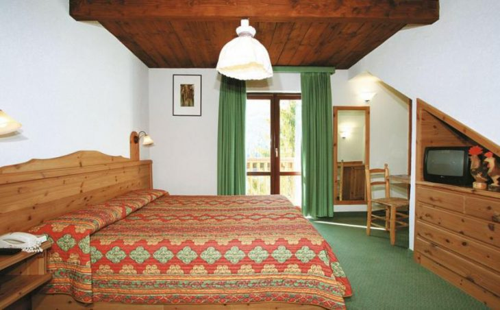 Hotel Chalet des Alpes in Pila , Italy image 2