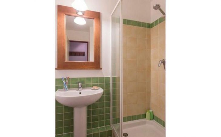 L'Alpaga, Serre-Chevalier, Bathroom