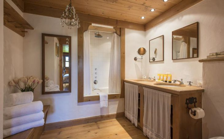 Chalet Le Ti in Verbier , Switzerland image 13