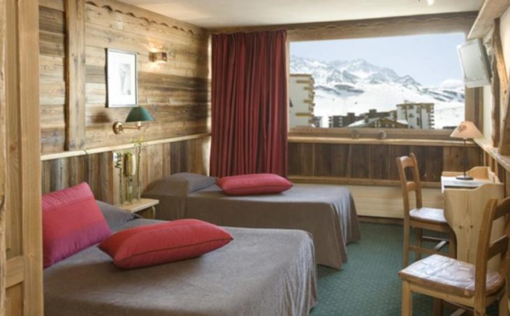 Hotel Les Trois Vallees, Val Thorens, Twin Bedroom