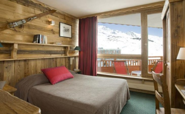 Hotel Les Trois Vallees, Val Thorens, Double Bedroom