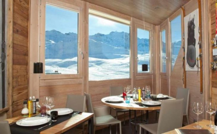 Hotel Les Trois Vallees, Val Thorens, Dining Tables