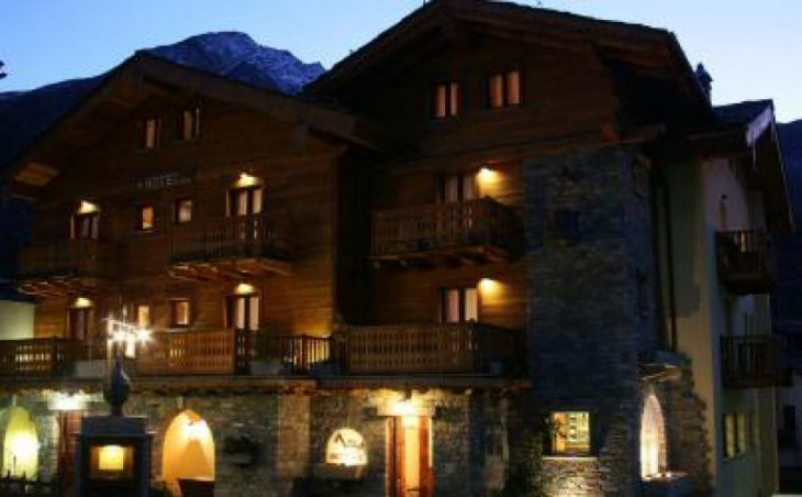 Maison Saint Jean in Courmayeur , Italy image 2