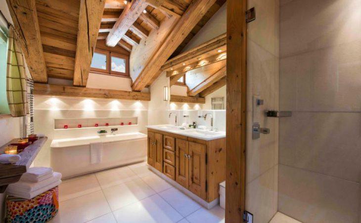 Milou, Verbier, Bathroom