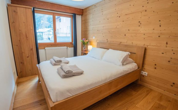 Mintaka Apartment, Chamonix, Bedroom