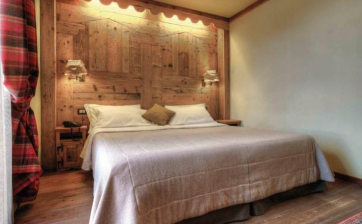 Hotel Mon Reve, Cervinia, Double Bedroom